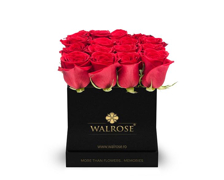 Cadou Valentine's Day Walrose cutie cu trandafiri idee de cadou cutie mica neagra2