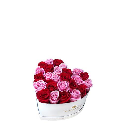 cutie in forma de inima aranjament cadou ziua femeii florarie brasov walrose trandafiri rosii si roz