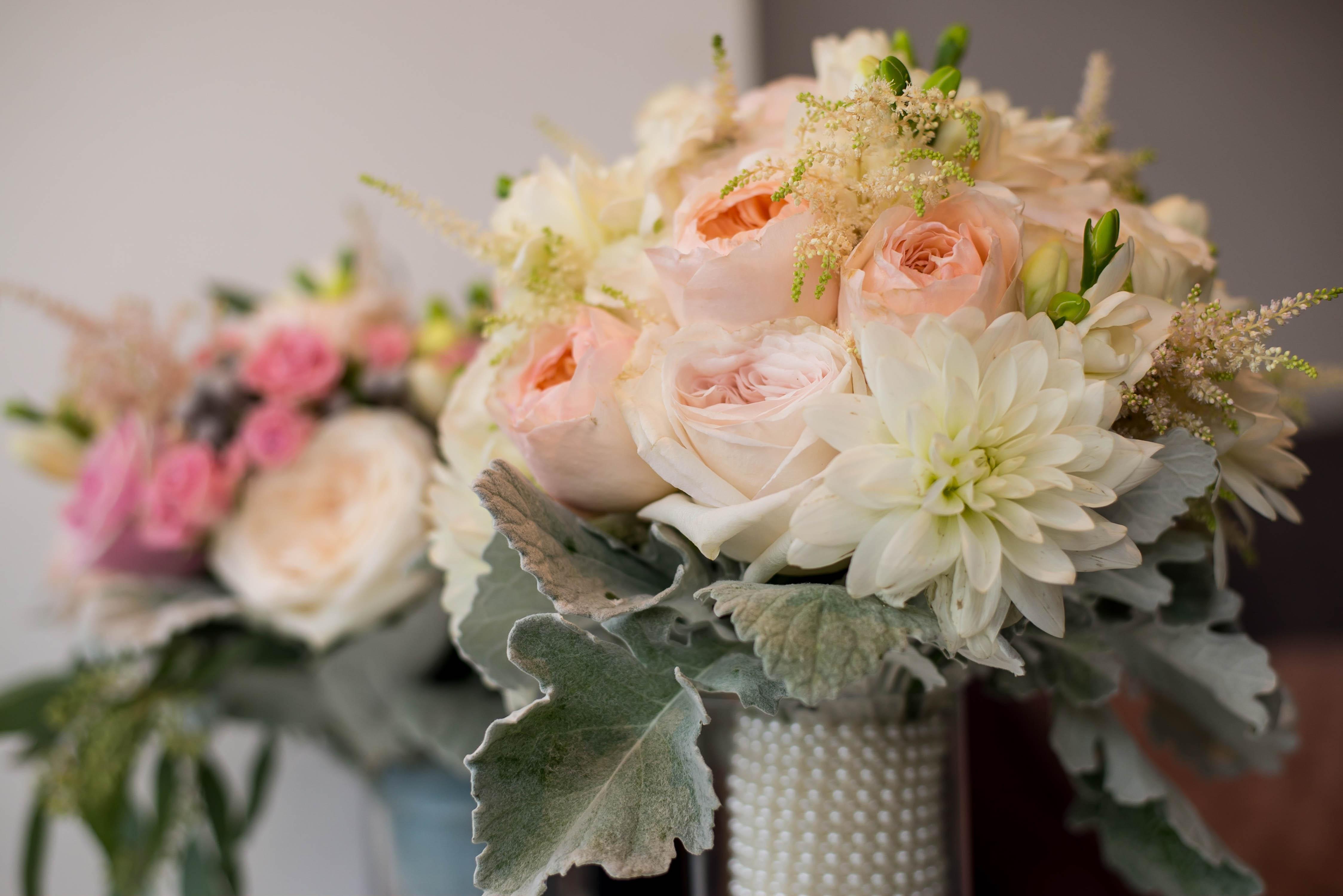 Aranjamente Florale Nunta Brasov Preturi Panou Cu Flori Photo
